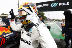 Володарь поулу Льюіс Хемілтон, Mercedes AMG F1