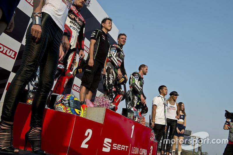 Podium:1. Jonathan Rea, Kawasaki Racing; 2. Chaz Davies, Ducati Team; 3. Tom Sykes, Kawasaki Racing
