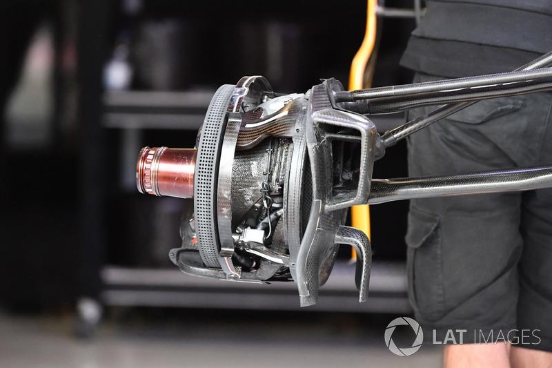 Передні гальма Renault Sport F1 Team RS17