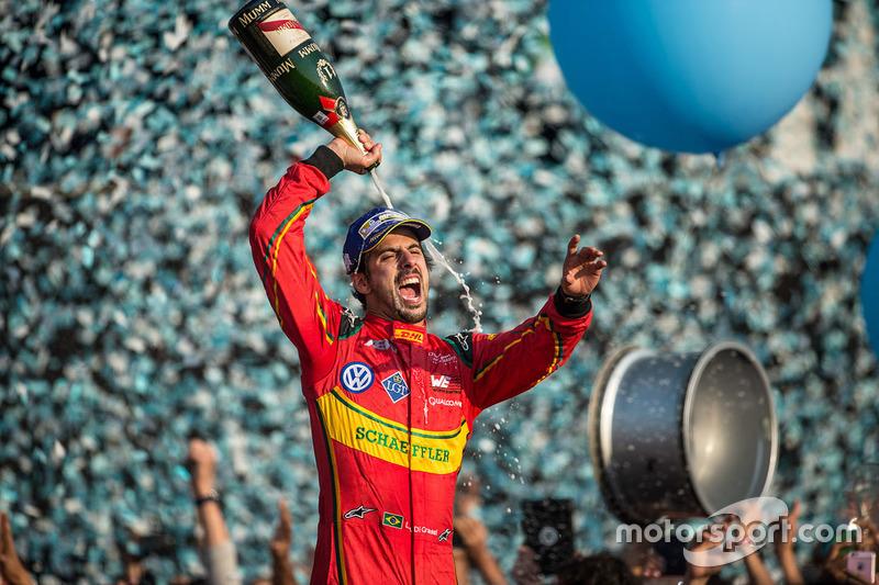 Podium: Sieger Lucas di Grassi, ABT Schaeffler Audi Sport