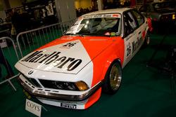 Автомобиль BMW 635