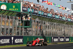 Winner Sebastian Vettel, Ferrari SF70H