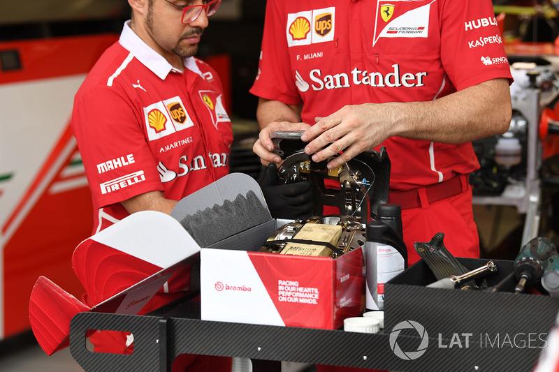 Detalle de la pinza de freno del Ferrari SF70H