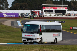 Nissan circuit safari bus