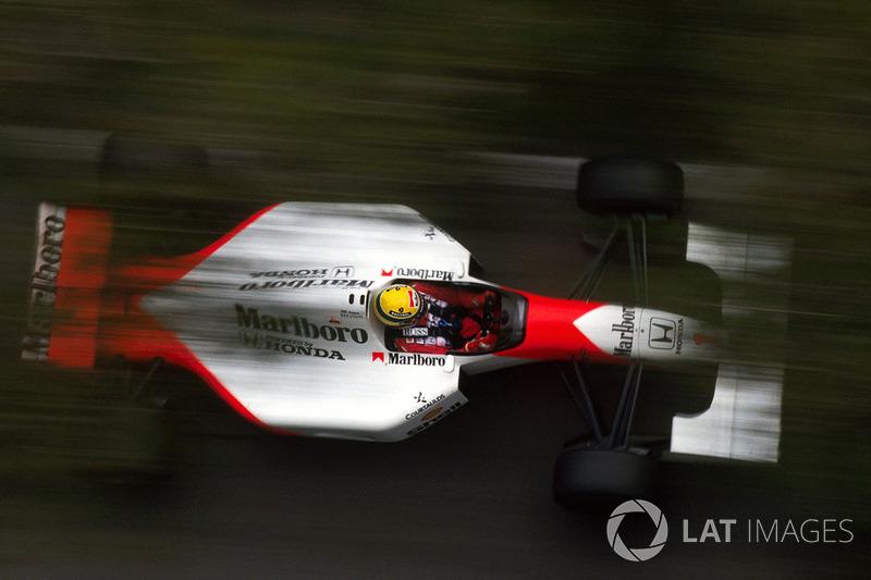 Третьим в этом Гран При финишировал Рикардо Патрезе – в 30 секундах позади лидеров