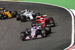 Sergio Perez, Sahara Force India F1 VJM10, Sebastian Vettel, Ferrari SF70H, Felipe Massa, Williams F