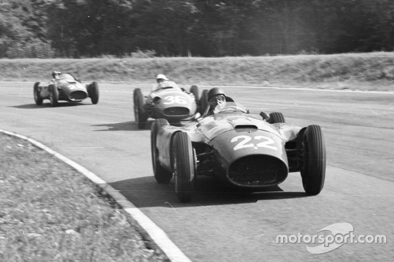 Juan Manuel Fangio, Lancia-Ferrari D50; Stirling Moss, Maserati 250F; Peter Collins, Lancia-Ferrari