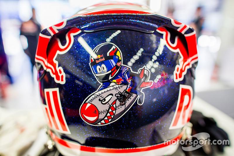 Особый шлем Даниила Квята для Гран При России