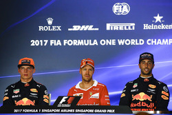 Polesitter Sebastian Vettel, Ferrari, second place Max Verstappen, Red Bull Racing, third place Daniel Ricciardo, Red Bull Racing