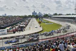 Scott Dixon, Chip Ganassi Racing, Honda; Will Power, Team Penske, Chevrolet; Conor Daly, A.J. Foyt Enterprises, Chevrolet