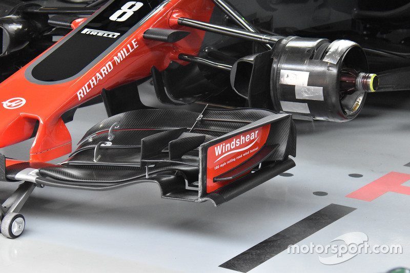 Haas F1 Team VF-17, detail front wing