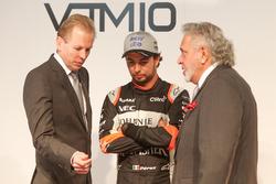 Andy Green, Sergio Pérez y Vijay Mallya en el Sahara Force India lanzamiento
