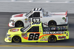 Matt Crafton, ThorSport Racing Toyota and Timothy Peters, Red Horse Racing Toyota