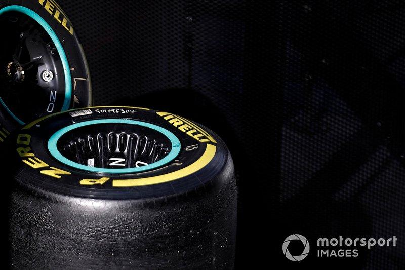 Колеса Mercedes AMFG F1 W10