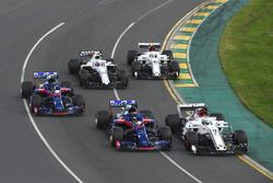 Marcus Ericsson, Sauber C37, Brendon Hartley, Scuderia Toro Rosso STR13, Pierre Gasly, Scuderia Toro Rosso STR13, Sergey Sirotkin, Williams FW41 and Charles Leclerc, Sauber C37
