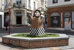 Le monument des 24 Heures du Mans dans le centre-ville