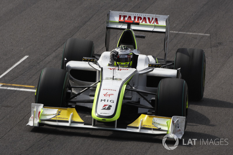 Jenson Button, Brawn GP BGP001 fête son titre