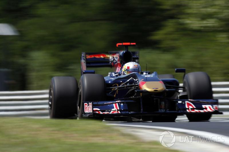 2009: Toro Rosso STR4 (два седьмых места, 10-е место в КК)