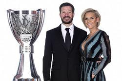 NASCAR Cup-Champion 2017: Martin Truex Jr., Furniture Row Racing Toyota, mit Freundin Sherry Pollex