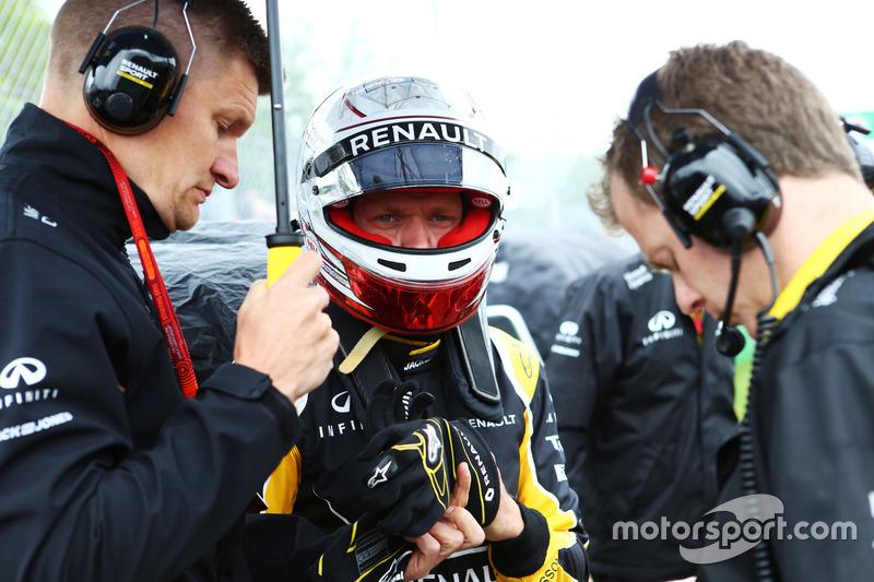 Кевін Магнуссен, Renault Sport F1 Team, на стартовій решітці