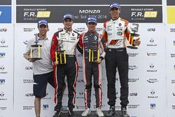 Podio carrera 1: ganador Lando Norris, Josef Kaufmann Racing, segundo lugar Dorian Boccolacci, Tech