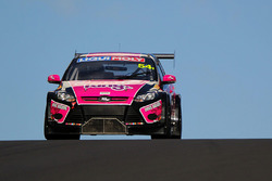 #54 MARC Cars Australia Focus V8: Тоні Елфорд, Марк Гріффіт, Берік Лінтон