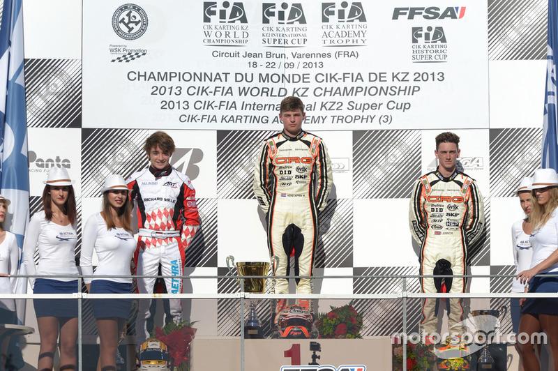 Verstappen ile kartingde mücadele etti