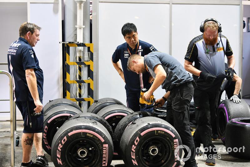 Pirelli Engineers and Pirelli tyres