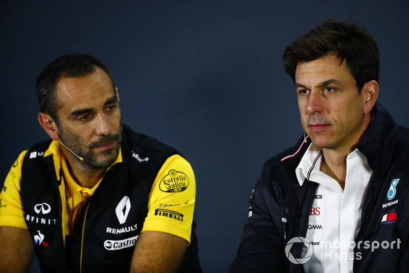 Cyril Abiteboul, Managing Director, Renault Sport F1 Team, Toto Wolff, Mercedes AMG F1 Director of Motorsport