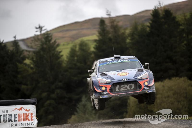 Thierry Neuville, Nicolas Gilsoul, Hyundai Motorsport Hyundai i20 Coupe WRC Bastien Baudin