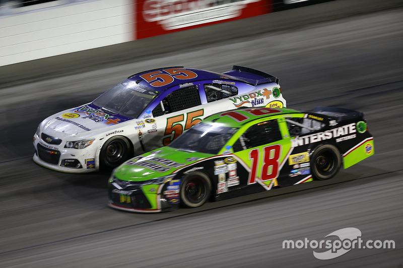 Reed Sorenson, Premium Motorsports Chevrolet, Kyle Busch, Joe Gibbs Racing Toyota