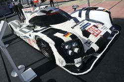 Une Porsche 919 Hybrid en Legos