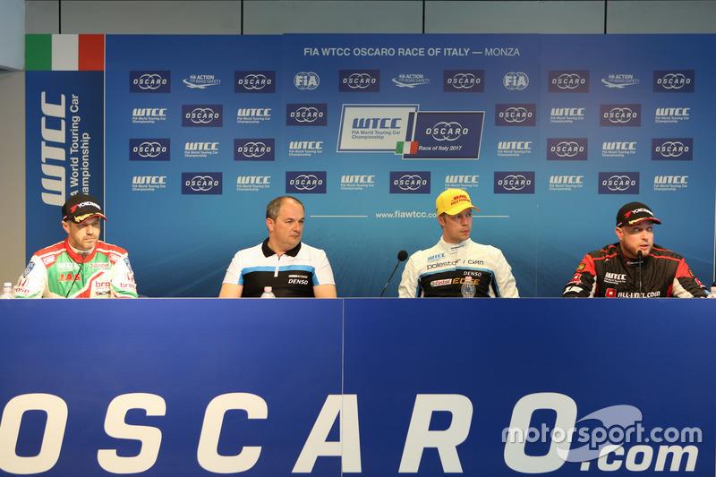 Press Conference, Tiago Monteiro, Honda Racing Team JAS, Honda Civic WTCC, Fredrik Wahlen, Team manager Polestar Cyan racing, Thed Björk, Polestar Cyan Racing, Volvo S60 Polestar TC1