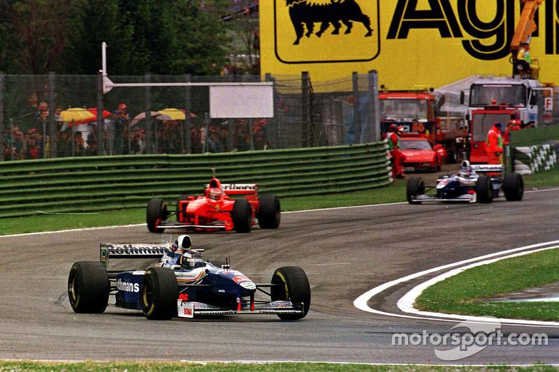 Frentzen vor Schumacher und Villeneuve