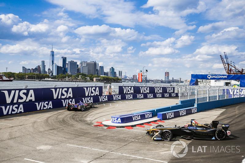 Sam Bird, DS Virgin Racing, lidera a Jean-Eric Vergne, Techeetah