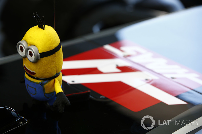 Auto von Kevin Magnussen, Haas F1 Team VF-17