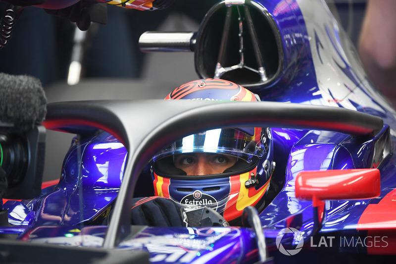 Carlos Sainz Jr., Scuderia Toro Rosso STR12 dengan Halo