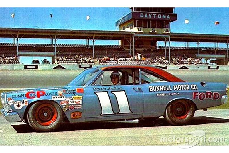 1967: #11 Mario Andretti - Holman Moody Ford