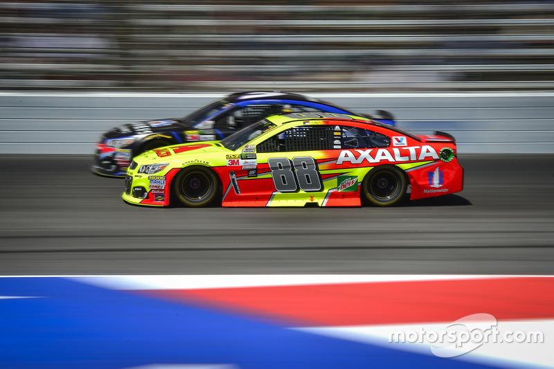 Dale Earnhardt Jr., Hendrick Motorsports, Chevrolet; Kasey Kahne, Hendrick Motorsports, Chevrolet