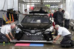 Reed Sorenson, Premium Motorsports Toyota a inspección técnica