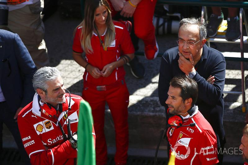 Maurizio Arrivabene, director del equipo, Ferrari, Sergio Marchionne, Director Ejecutivo, Chrysler Fiat y Presidente, Ferrari