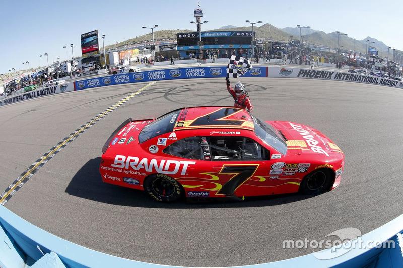 4. Ganador de la carrera Justin Allgaier, JR Motorsports Chevrolet
