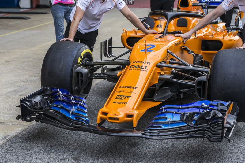 f1-spanish-gp-2018-mclaren-mcl33-nose-an