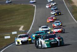 #29 Audi Sport Team Land Audi R8 LMS: Sheldon Van Der Linde, Marcel Fässler
