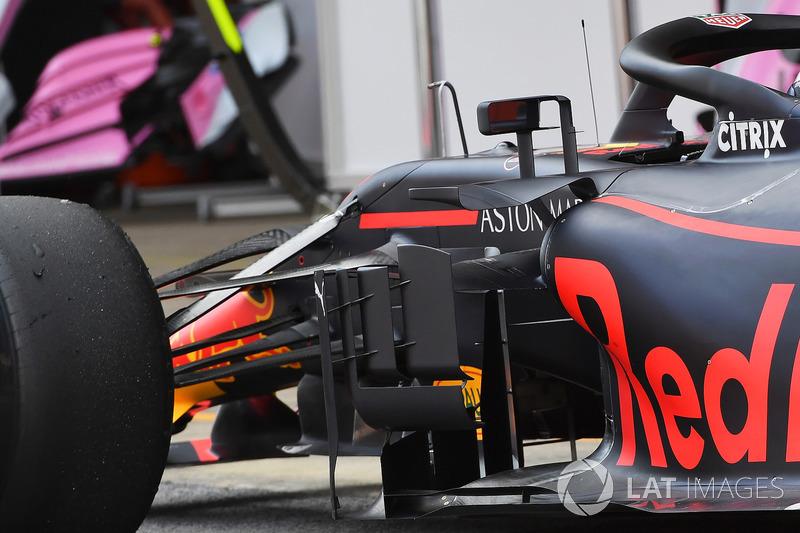 Боковой дефлектор Red Bull Racing RB14