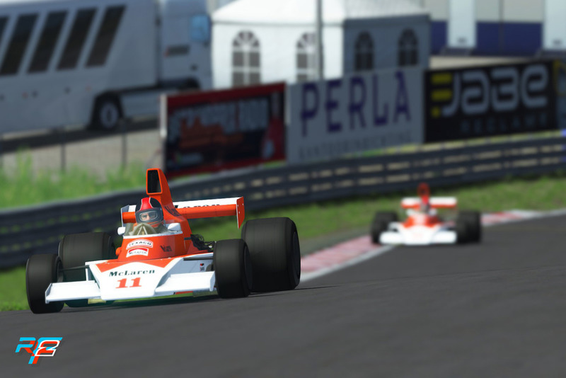Coches clásicos McLaren F1, M23