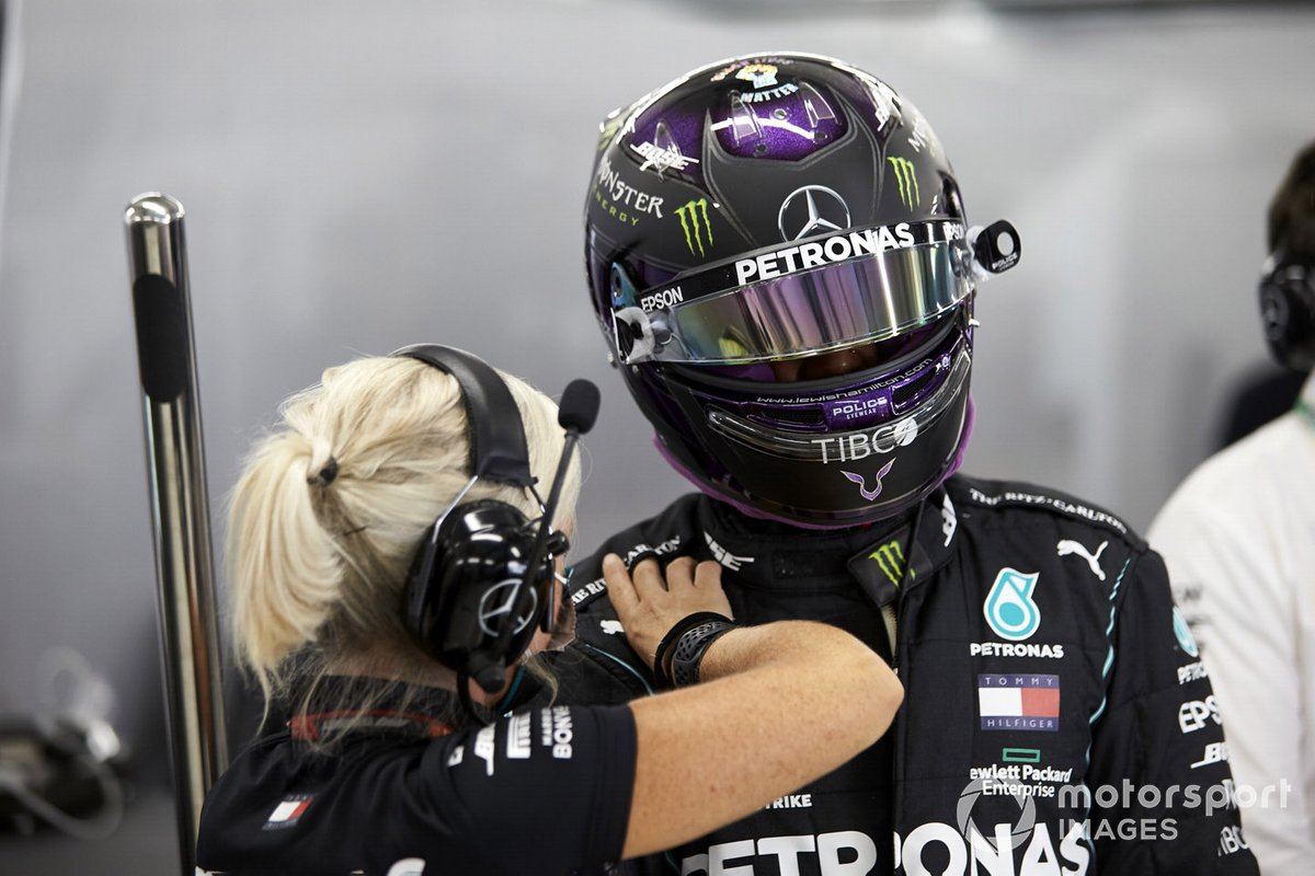 Angela Cullen, Physio de Lewis Hamilton, avec Lewis Hamilton, Mercedes-AMG F1