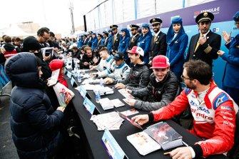Daniel Abt, Audi Sport ABT Schaeffler, Jérôme d'Ambrosio, Mahindra Racing chat at the autograph session