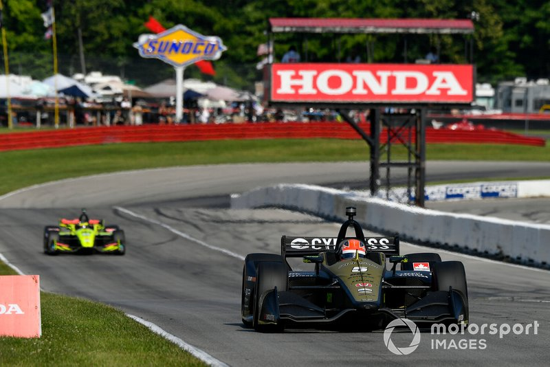 Hinchcliffe's Arrow Schmidt Peterson Motorsports Honda showed the speed to score a top-five on raceday but Fate had other plans...