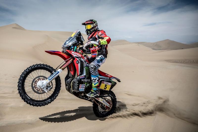 https://cdn-9.motorsport.com/images/mgl/YvbGagGY/s8/dakar-dakar-2018-5-monster-energy-honda-team-honda-joan-barreda.jpg